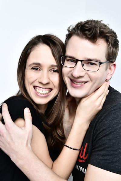 Natalie und Patrick beim Partner Fotoshooting im Fotostudio Zerbes in Köln.